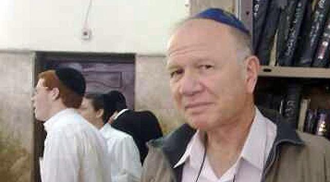 נחמיה שטרסלר בישיבה (צילום: כיכר השבת)