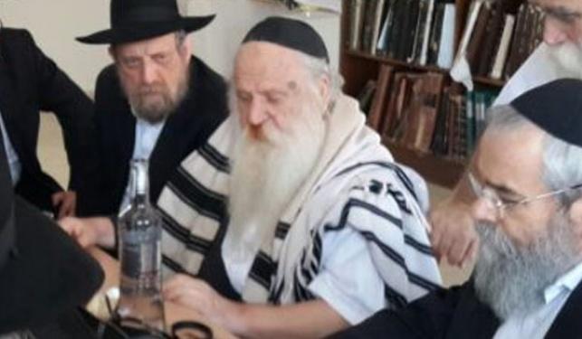 הרב אשכנזי ביום ההולדת 71 שלו