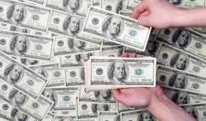 """באייר תשלם 2 מיליארד דולר לבני זוג בארה""""ב: """"חלו בסרטן בעקבות שימוש בקוטל עשבים"""""""