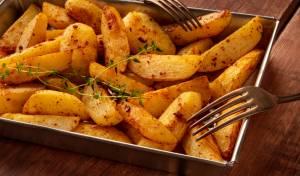 תפוחי אדמה אפויים בתנור בתיבול פיקנטי