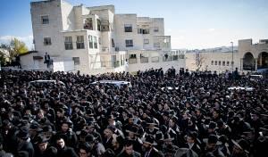 """תיעוד מסכם: אלפים נפרדו מהגר""""מ שפירא"""
