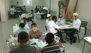 הילדים מחופשים ולומדים תורה - ה'זכות' שהצילה את נכדת הרב קוק מהאש