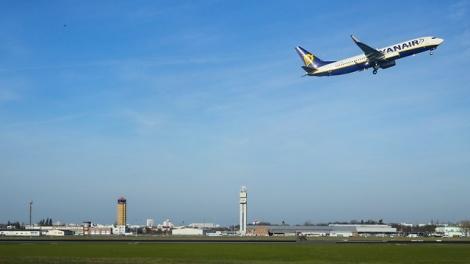 מטוס ריינאייר - חברת אירופאית מציגה: מישראל לאירופה ב-20 יורו