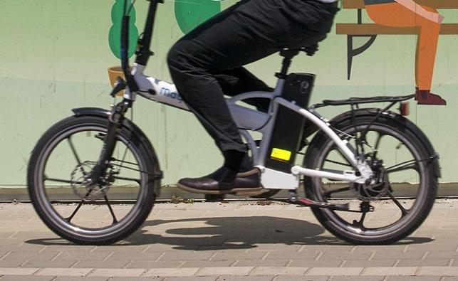 """בקרוב: דו""""חות לרוכבי האופניים החשמליים"""