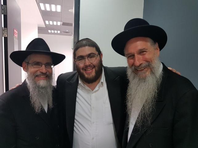 שלום וגשל עם מרדכי בן דוד ואברהם פריד