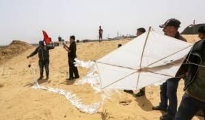 כלי טייס תקף מפריחי בלוני טרור מעזה: שני מחבלים נפגעו