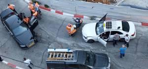 משמאל: רכבו של נתניהו