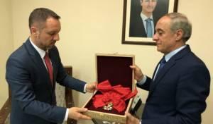 האות מוחזר לשגרירות רומניה