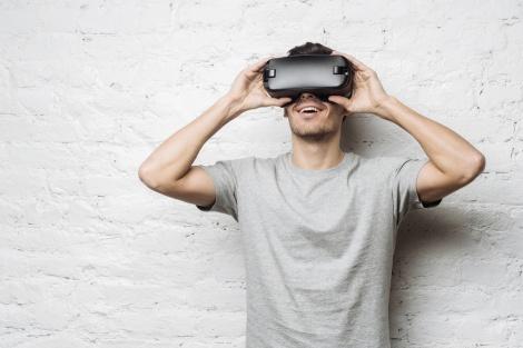 משקפי מציאות מדומה - מבוכה בפייסבוק: משקפי אוקולוס הפסיקו לפעול בכל העולם