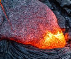 19 יום להתפרצות: הלבה עדיין זורמת בהוואי