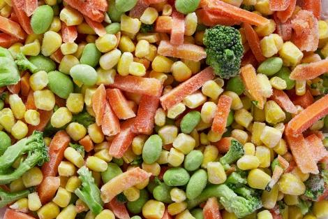 מחירי ירקות קפואים בישראל יקרים ב-64%
