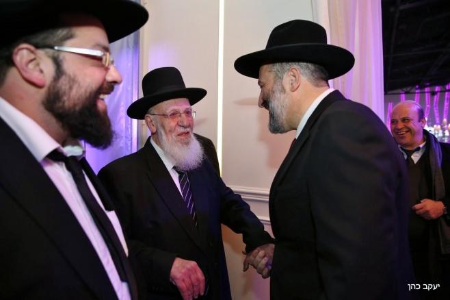 דרעי עם נשיא המועצת ראש הישיבה הגאון חכם שלום כהן