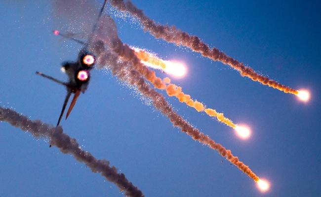 """חיל האוויר תקף """"תשתית תת קרקעית"""" בדרום רצועת עזה"""