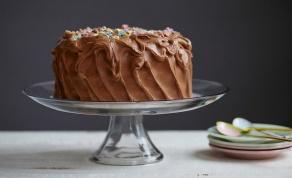 עוגת שוקולד מצופה בקרם שוקולד