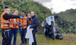 הרכב התהפך ונהרס: האבא ושני ילדיו ניצלו