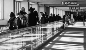 חרדים בנמל התעופה