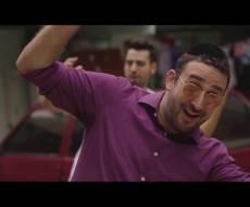 """מיכה גמרמן בסינגל קליפ חדש: """"מה רבו"""""""
