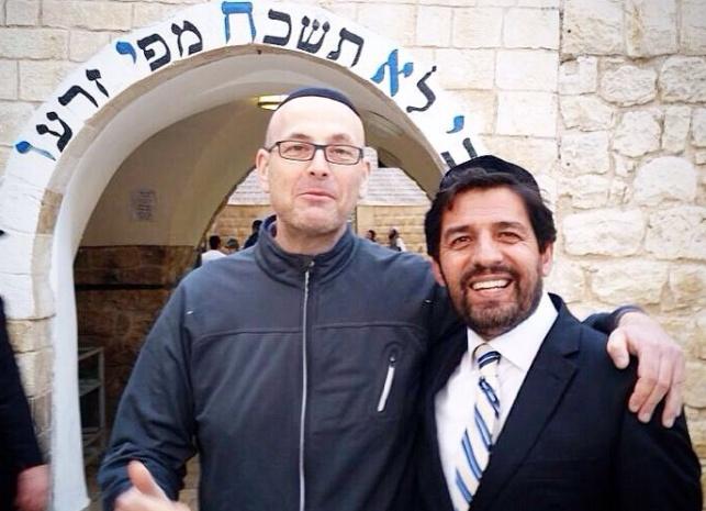 """מפיק 'האח הגדול' אלעד קופרמן בציון הרשב""""י"""