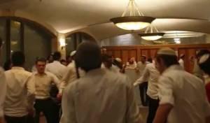 הריקודים במלונית הקורונה
