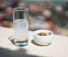 כוס ערק - כוס אלכוהול תשפר לכם את הזיכרון בגיל הזקנה