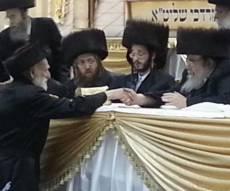 """הרב מנשה אייכלר עם כ""""ק האדמו""""ר מבעלזא - אביו של הח""""כ: הרב מנשה אייכלר ז""""ל"""