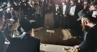 במסע הלוויה