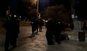 התפרעות ערבית בהר הבית, השוטרים נכנסו
