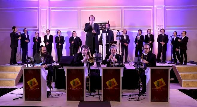 הכי קרוב להופעה שתראו: מקהלת הילדים 'שיר ושבח' וולוי רוזנברג