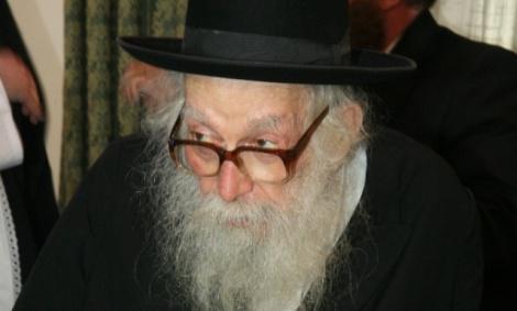 """רבי ניסים קרליץ - פסק תקדימי """"לא לומר שמע ישראל"""""""