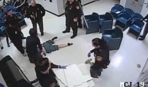 """מטורף: כך ניסתה אסירה בארה""""ב לברוח"""