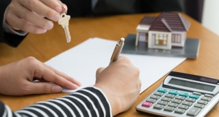 קונים בית בפעם הראשונה? הנה 6 דברים שכדאי לכם לדעת
