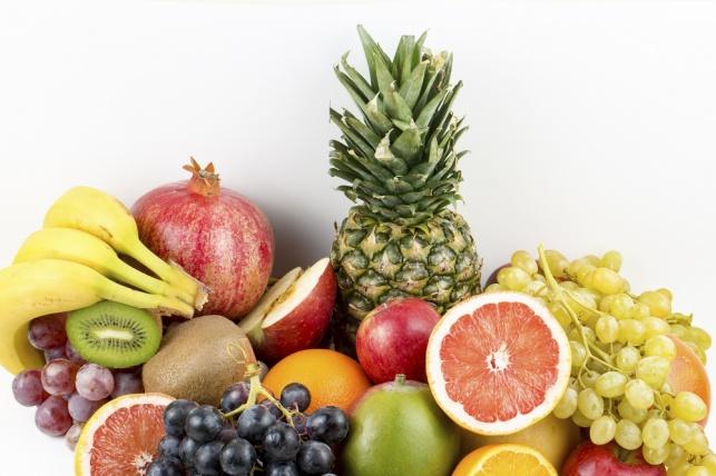 """משרד החקלאות: צרכו פירות טריים בט""""ו בשבט"""