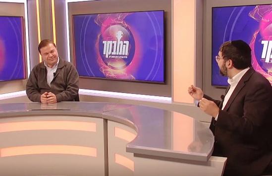 האיש 'בעל אלף הקולות' בראיון מיוחד • צפו