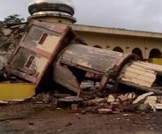 מראות ההרס - התפללו: יהודים נפצעו ברעידת אדמה באירן