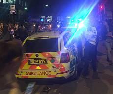 זירת הפיצוץ - 22 הרוגים בפיצוץ באולם מופעים במנצ'סטר
