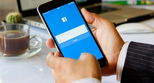 פייסבוק תאפשר לכל אדם להעביר שידור חי?