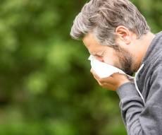 5 דברים מפתיעים שמחמירים את האלרגיה שלכם