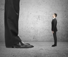 קטן עליכם: 5 עצות סטיילינג לגברים נמוכים