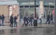 """חמושים התבצרו ב""""מרכול כשר""""; שוטר ו-3 אזרחים נהרגו"""