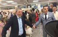 צפו: השר הפתיע את הזוג שהתחתן במקלט