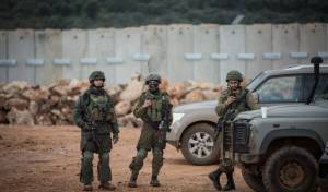 """חיילי צה""""ל ליד גבול לבנון"""