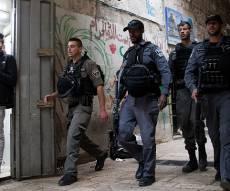 """שוטרים בעיר העתיקה - הפיגוע בי-ם: 8 נעצרו על """"אי מניעת פשע"""""""