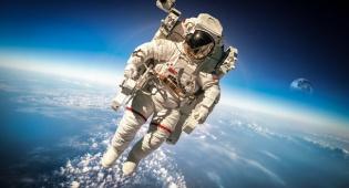אילוסטרציה - spaceX מציעה: מסע לחלל לתיירים בלבד