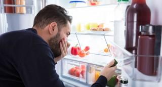 אחת ולתמיד: כל הדרכים להסרת ריח רע מהמקרר