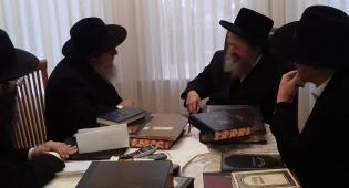 """הרב פדווא בפגישה עם רבני חב""""ד"""
