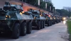 המהומות בהונג קונג; הסינים מקרבים כוחות