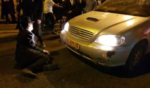 הפגנות בי-ם: 5 שוטרים נפצעו, קטין נעצר