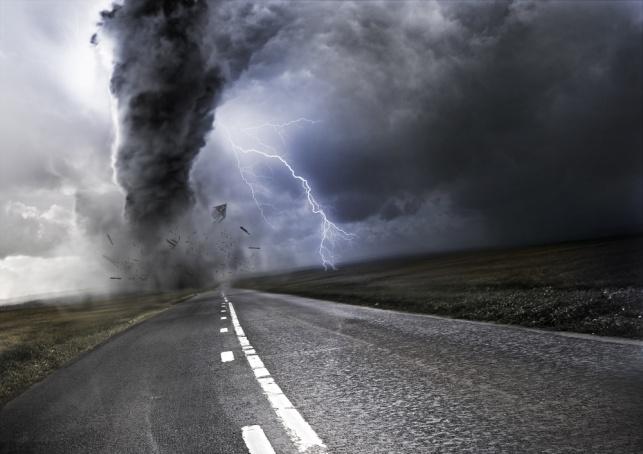 """לפחות 18 הרוגים בסערת טורנדו בארה""""ב"""