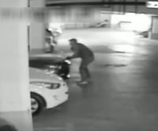 גנב רכב, ניגח ניידת משטרה ונעצר לאחר מרדף • צפו