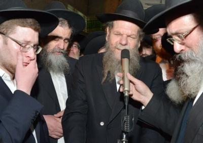 מסע ההלוויה - רבבות ליוו למנוחות את הגאון הצדיק רבי יעקב אדלשטיין